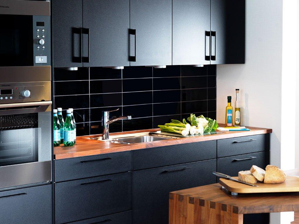Köksluckor - Modell: Solid, Färg: Black velvet